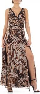 Brązowa sukienka Guess z dekoltem w kształcie litery v