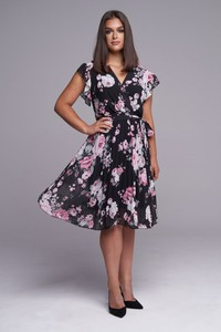 Sukienka Ella Boutique z krótkim rękawem midi
