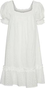Sukienka Vero Moda z krótkim rękawem z okrągłym dekoltem z bawełny