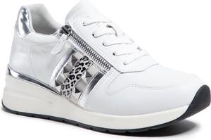 Buty sportowe Caprice sznurowane