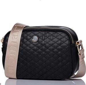 Czarna torebka Monnari pikowana w stylu glamour