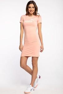 Różowa sukienka Puma dopasowana w sportowym stylu z krótkim rękawem