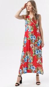 Sukienka born2be w stylu boho z dekoltem w kształcie litery v maxi