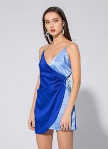 Sukienka LOCAL HEROES z dekoltem w kształcie litery v mini na ramiączkach