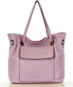 Różowa torebka MAZZINI matowa ze skóry w stylu casual