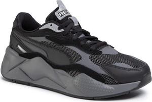 Czarne buty sportowe Puma sznurowane w sportowym stylu