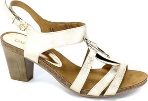 Sandały Caprice ze skóry w stylu casual na obcasie