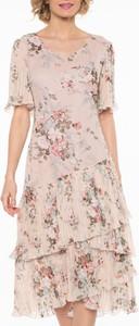 Różowa sukienka POTIS & VERSO z krótkim rękawem z tkaniny