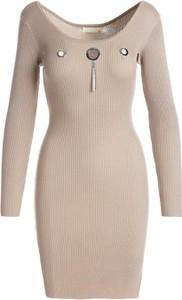 Sukienka Multu w stylu casual z dekoltem w kształcie litery v