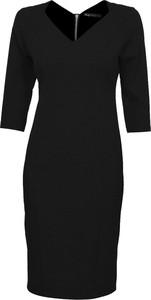 Czarna sukienka Niren z bawełny dopasowana