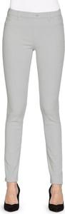 Jeansy Carrera Jeans w street stylu