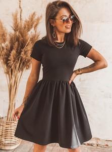 Czarna sukienka SELFIEROOM mini z krótkim rękawem