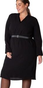 Czarna sukienka Yesta z dekoltem w kształcie litery v w stylu casual mini