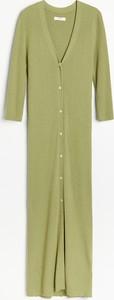 Sukienka Reserved z dzianiny maxi trapezowa