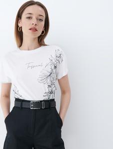 T-shirt Mohito z bawełny z krótkim rękawem w młodzieżowym stylu