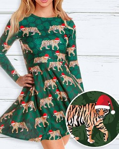 Sukienka Kendallme z okrągłym dekoltem w bożonarodzeniowy wzór z długim rękawem