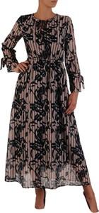 Sukienka POLSKA w stylu casual z okrągłym dekoltem z dzianiny