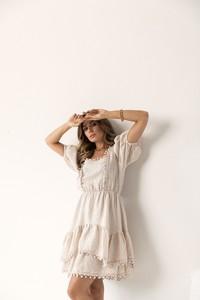Sukienka Lorenzo z lnu na ramiączkach mini