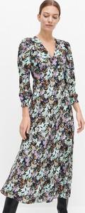 Sukienka Reserved midi z dekoltem w kształcie litery v