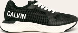Sneakersy Calvin Klein sznurowane na platformie