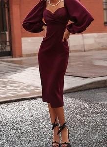 Czerwona sukienka Cikelly z długim rękawem z dekoltem w kształcie litery v dopasowana