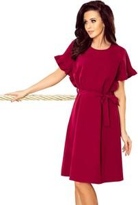 Czerwona sukienka NUMOCO z okrągłym dekoltem oversize