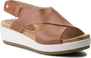 Brązowe sandały PIKOLINOS na rzepy w stylu casual na koturnie