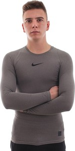 Brązowa koszulka Nike w sportowym stylu