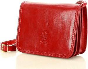 Czerwona torebka Merg w stylu glamour lakierowana średnia