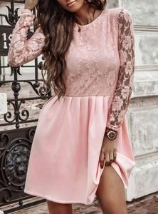 Sukienka Pakuten rozkloszowana z bawełny z długim rękawem
