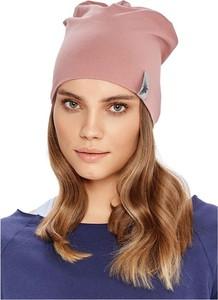 Różowa czapka By Insomnia