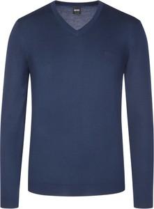 Niebieski sweter Boss w stylu casual