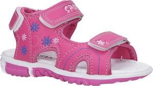 Różowe buty dziecięce letnie Casu