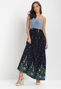 Granatowa sukienka born2be z dekoltem w kształcie litery v na ramiączkach trapezowa