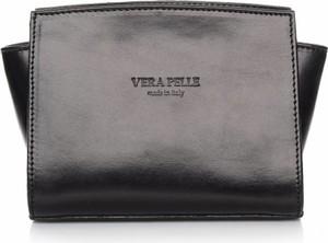 Torebka Vera Pelle średnia na ramię