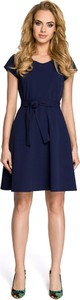 Niebieska sukienka MOE z krótkim rękawem szmizjerka midi