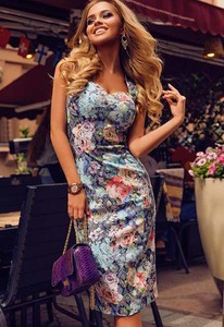 54658809035a6a letnia sukienka midi - stylowo i modnie z Allani