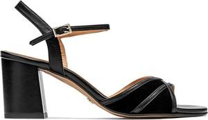 Czarne sandały Kazar na średnim obcasie