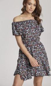 Sukienka Renee mini z odkrytymi ramionami