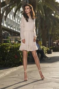 Sukienka TAGLESS z szyfonu w stylu casual