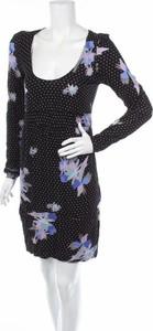 Czarna sukienka Witchery mini z okrągłym dekoltem z długim rękawem