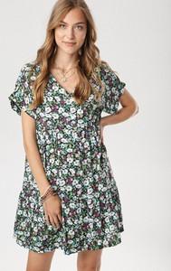 Sukienka born2be mini z krótkim rękawem
