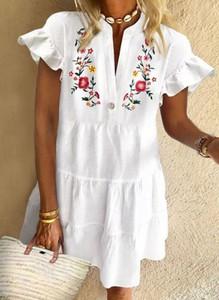 Sukienka Cikelly z krótkim rękawem z dekoltem w kształcie litery v mini
