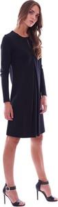 Czarna sukienka Luckylu z długim rękawem
