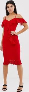 Czerwona sukienka Ax Paris z krótkim rękawem dopasowana