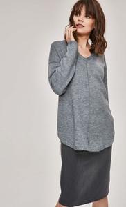 47e469bdcc1f28 sweter damski w serek - stylowo i modnie z Allani
