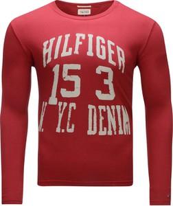 Czerwona koszulka z długim rękawem Tommy Hilfiger z bawełny
