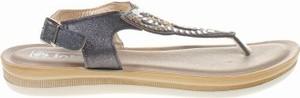 Srebrne sandały Inblu z płaską podeszwą z klamrami w stylu casual