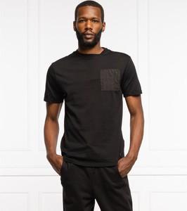 T-shirt Guess z krótkim rękawem w stylu casual