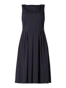 Sukienka Luisa Cerano w stylu casual z okrągłym dekoltem midi